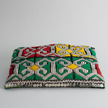 Load image into Gallery viewer, Kilim Clutch - Arabesque