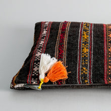 Load image into Gallery viewer, Kilim Clutch