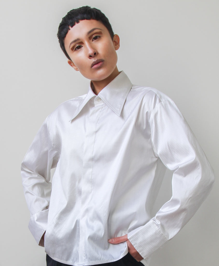 umi shirt | white stripe