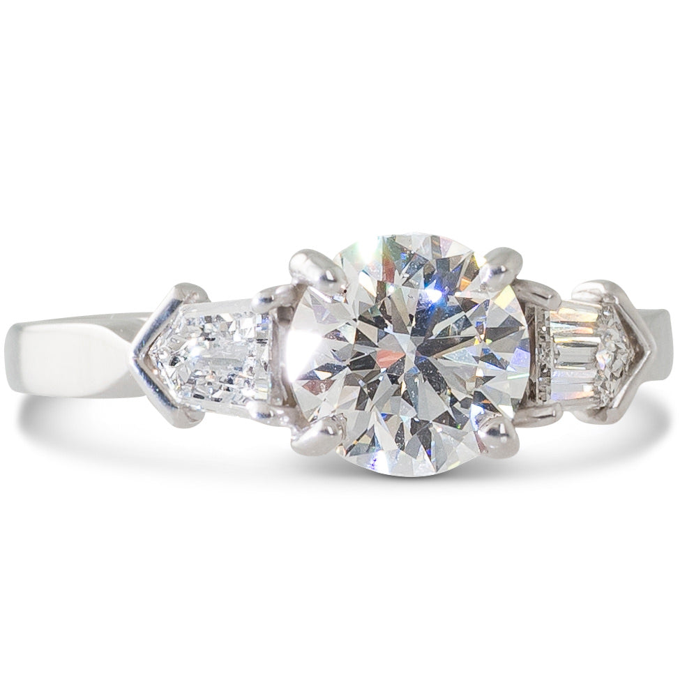 A 1.04ct Diamond Ring