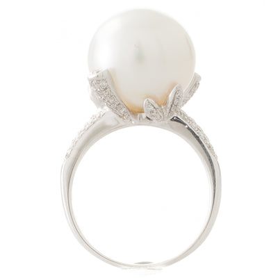 White South Sea & Diamond Ring