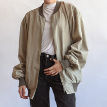 Load image into Gallery viewer, VIN-OUTW-07383 Vintage unisex λεπτό bomber τζάκετ unisex λαδί S