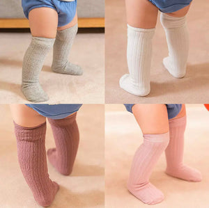 KNEE HIGH SOCKS – POWDER PINK