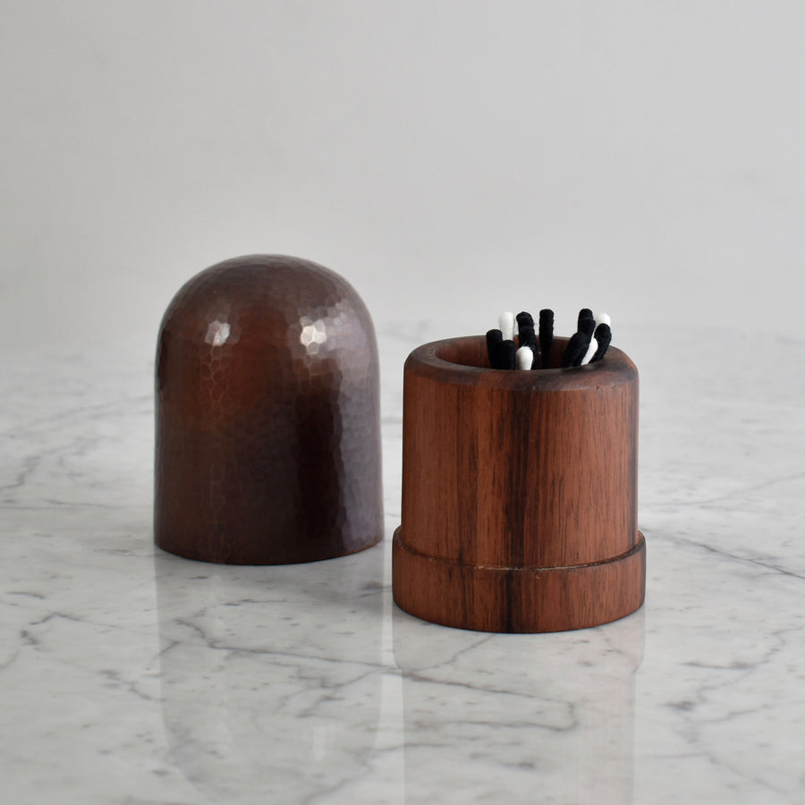 Small Hammered Copper and Wood Container in Black Patina Finish. Estudio Pomelo. Made in Mexico