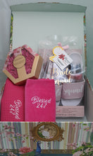 Load image into Gallery viewer, Bride Spa Gift Set