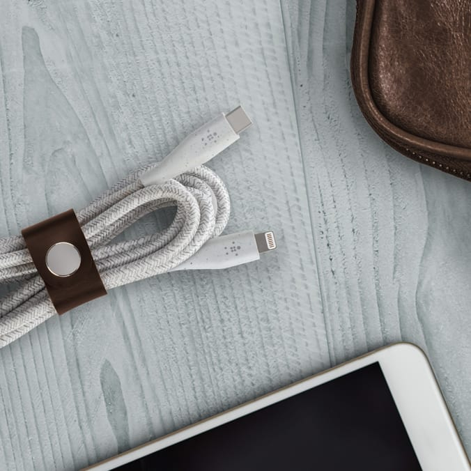 Belkin BOOSTCHARGE DuraTek USB-C Cable With Lightning Connector and Strap