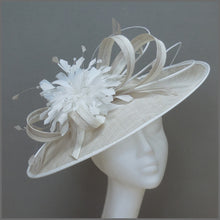 Load image into Gallery viewer, Oyster & White Feather Hatinator for Wedding