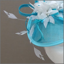 Load image into Gallery viewer, Flower Mini Disc Fascinator in Peacock & White for Wedding or Race Day