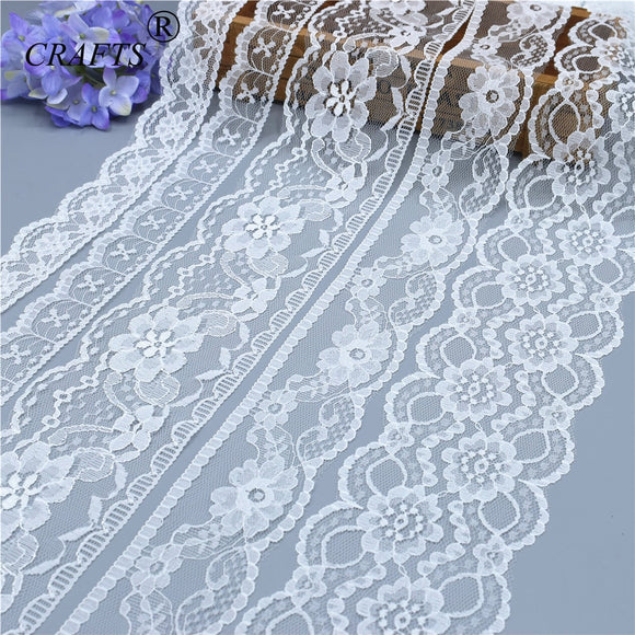 Brand new 10 yards beautiful white lace