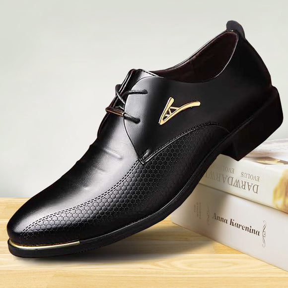 luxury Brand Classic Man Pointed Toe Dress Shoes Mens Patent Leather Black Wedding Shoes
