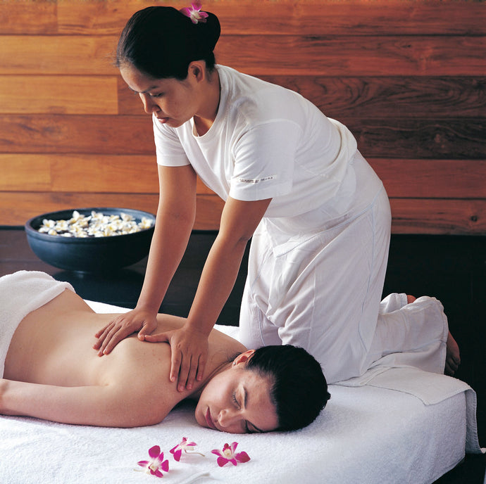 Thai Classic Massage | SPA by Le Méridien Bangkok