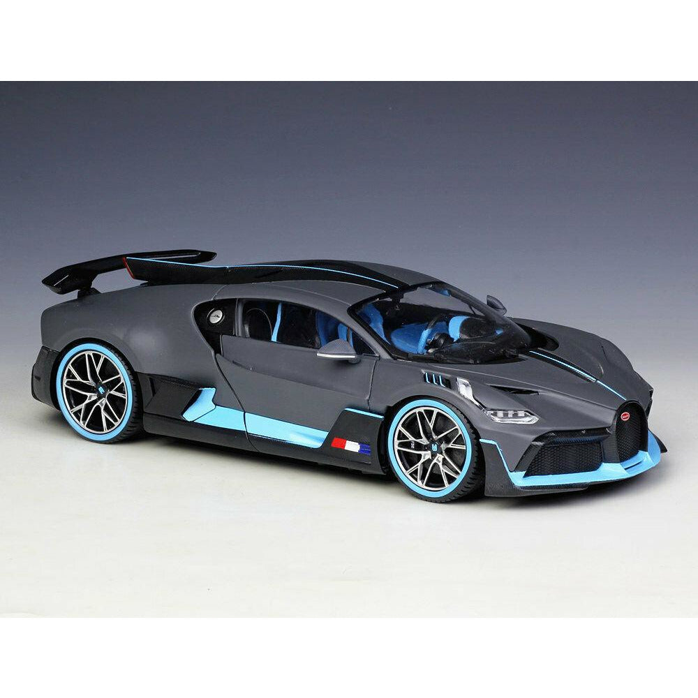 Burago Bugatti Divo 1/18 Scale Die Cast Model