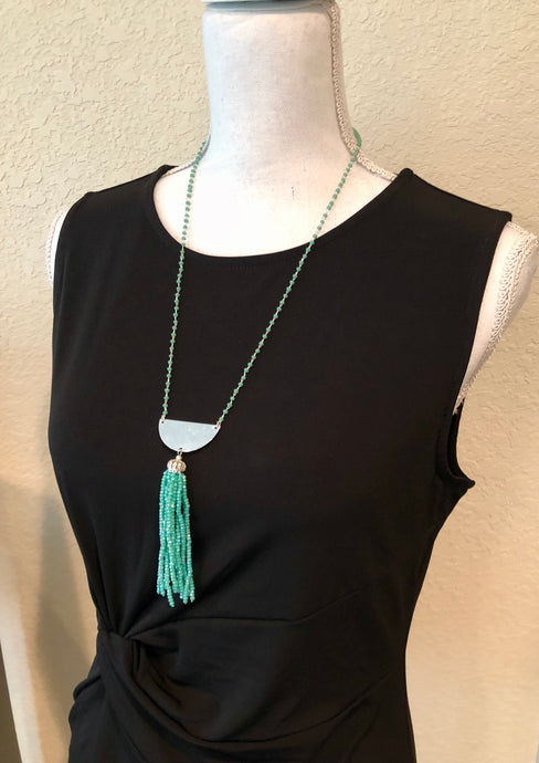 Elegant Handmade Blue Green Beaded necklace