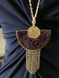 Maroon Half Circle Filigree Gold necklace