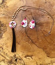 Load image into Gallery viewer, Pink & White Flower print faux leather teardrop earrings
