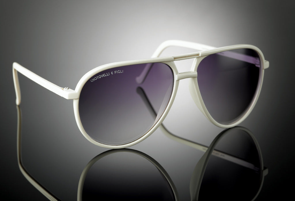 White Aviator shades