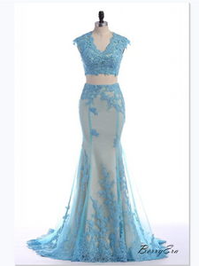 2019 Newest 2 Pieces Light Blue Lace Long Mermaid Prom Dresses