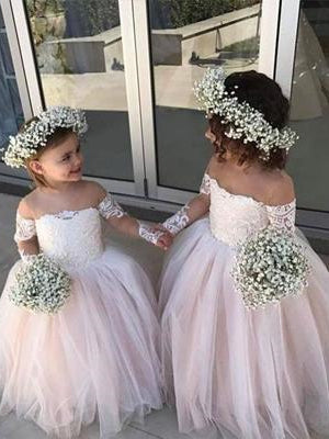 Long Sleeves Delicate Lace Tulle Flower Girl Dresses