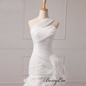 One Shoulder Ivory Organza Long Wedding Dresses