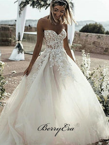 Gorgeous Strapless Wedding Dresses, Tulle Lace A-line Bridal Gown