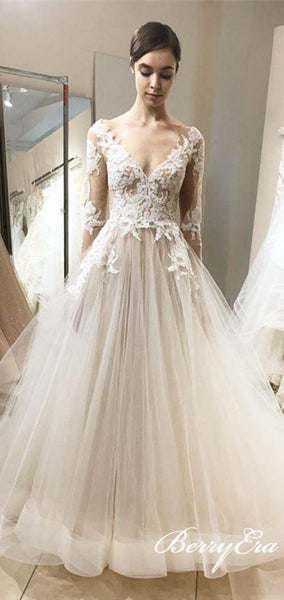 Long Sleeves V-neck Lace Tulle Elegant Wedding Dresses