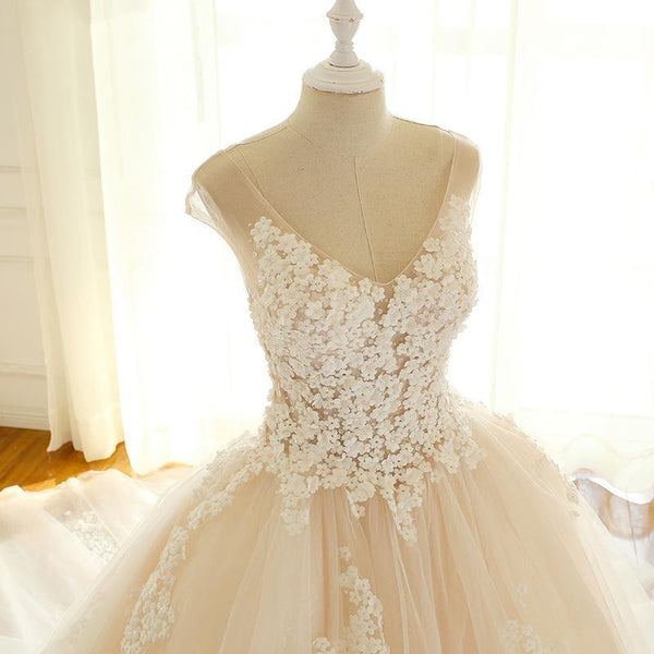 V-neck Lace Tulle Wedding Dresses, Appliques Bridal Gown