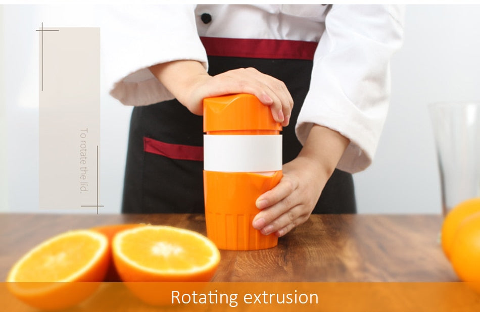 Portable Mini Juice Maker Fruit Citrus Squeezer - systematicshop.com