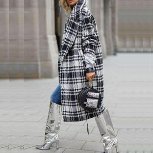 Large lapel long sleeve black and white plaid trench coat