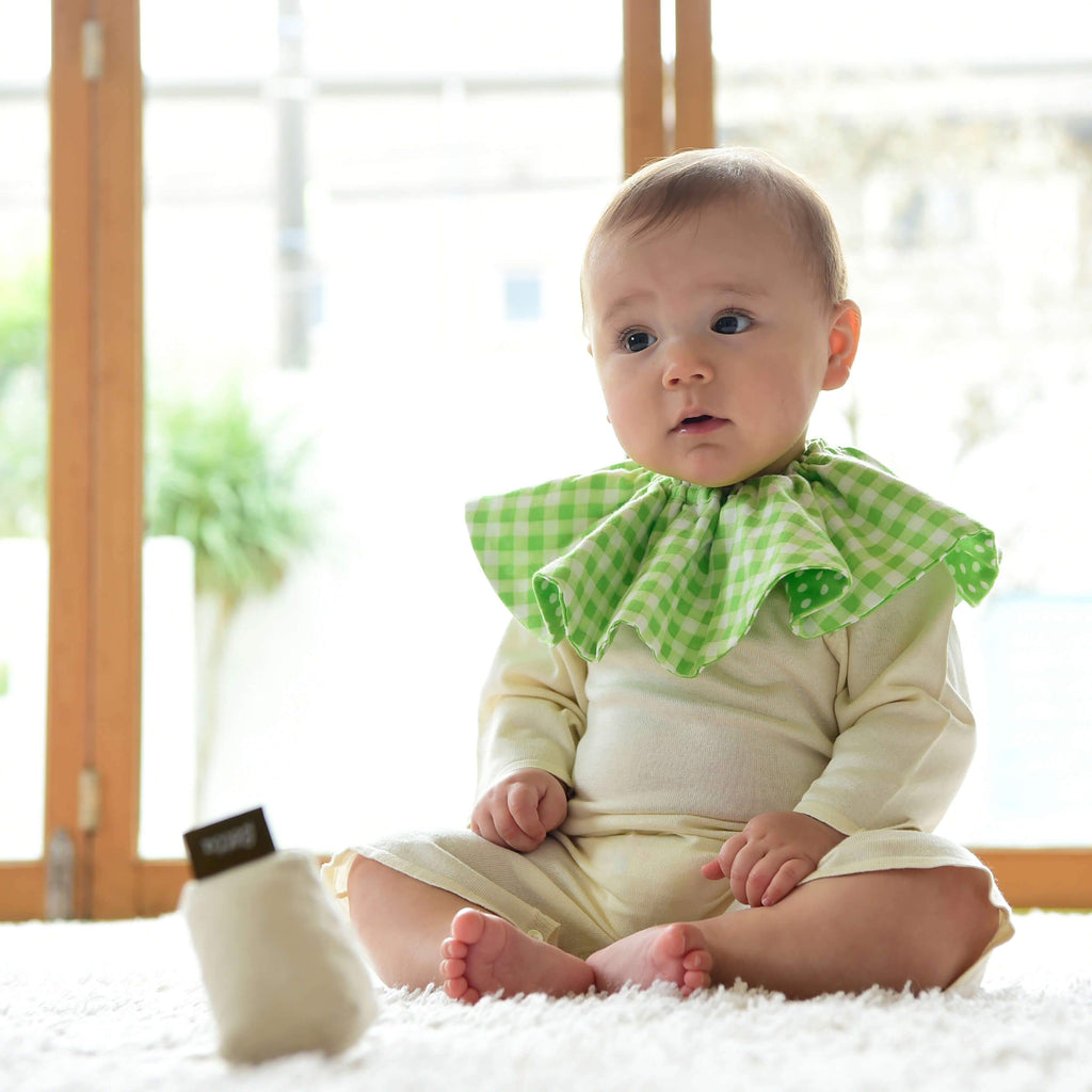 Bétta Bouquet Bib (Green Dots × Green Checks)