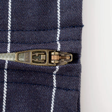 Load image into Gallery viewer, Bétta Carry me! PENCIL STRIPES (Navy)