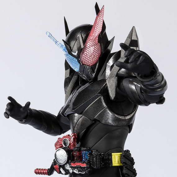 "Kamen Rider Build ""RabbitTank Hazard Form"" S.H.Figuarts"
