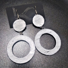 Load image into Gallery viewer, Saturn Rings - Earrings