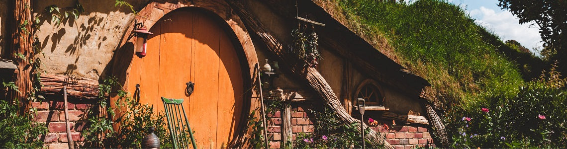 Image of Hobbit hole in Hobbiton, New Zealand | Evolve Inspired Jewellery