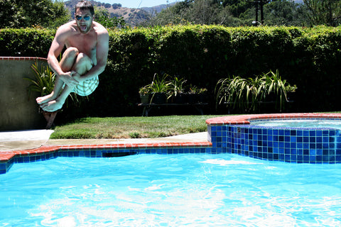cannonball pool jump
