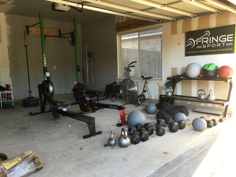 Garage gym with OneFitWonder rig installed