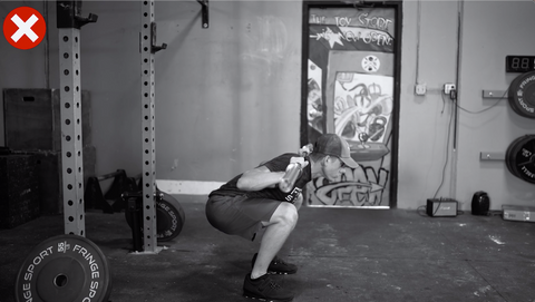 squat mistakes that could lead to injury