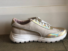 Load image into Gallery viewer, Venny Sneakers - Gold Hologram-Nougat