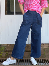 Load image into Gallery viewer, Peggy Denim Jeans