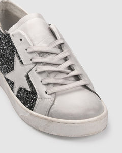 Prevail Sneakers - Pewter