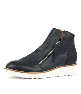 Ohmy Boots - Navy Leather