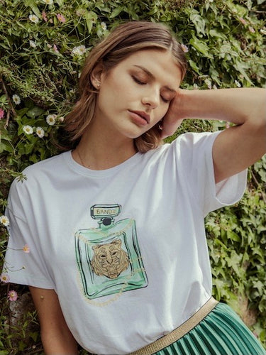 Fragrant Tiger Tee - White / Emerald Green