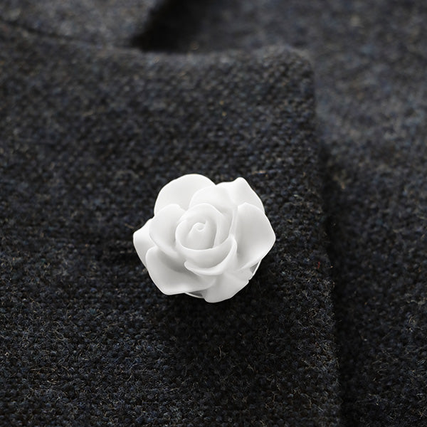 Clour White Lapel Pin
