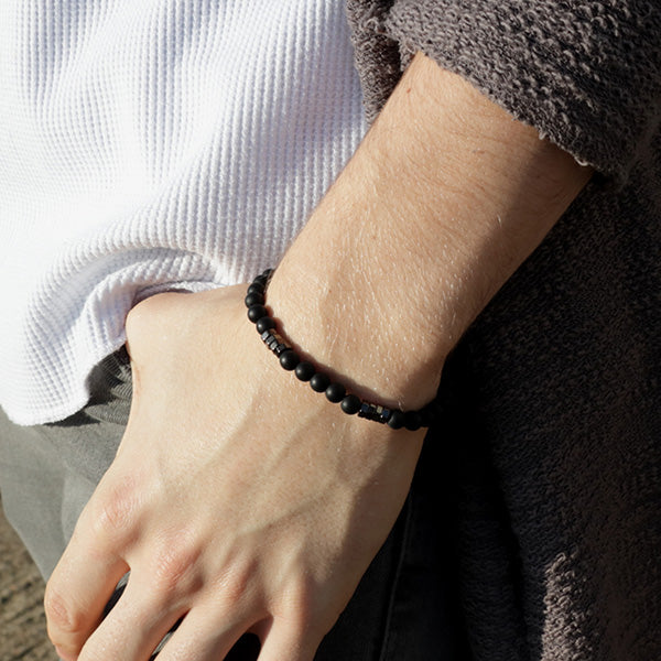 Duncan Walton Wanders Black Onyx Beaded Bracelet, Luxuriously crafted bracelet in a contemporary design. Made with exquisite Black Onyx and complemented with modern gunmetal hexagon beads.