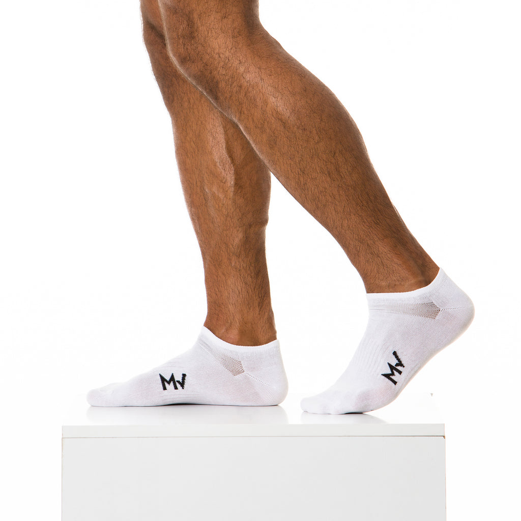 White Ankle Gym Socks | SMOKE & SODA