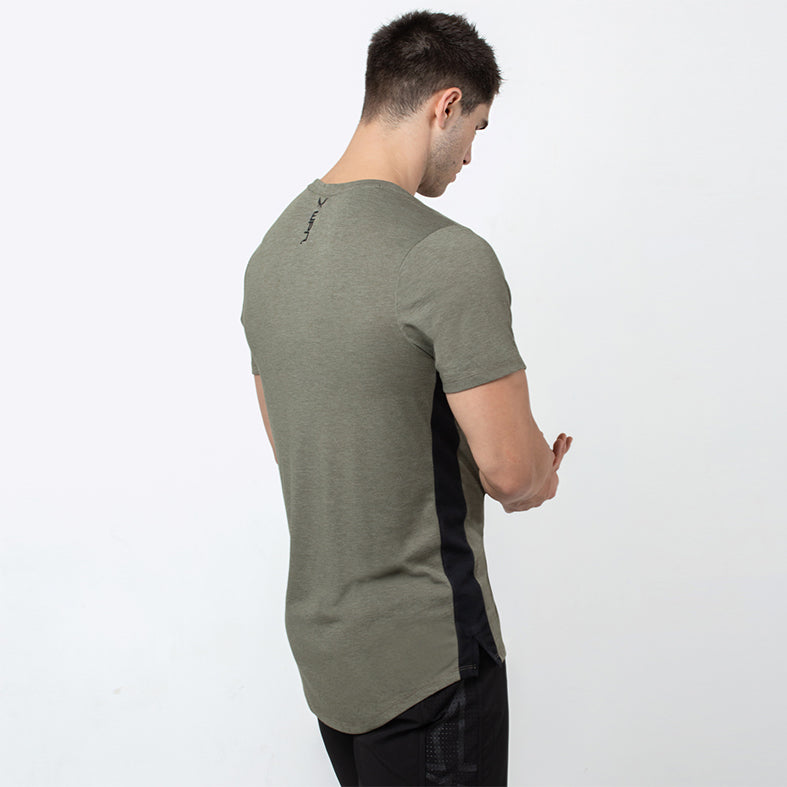 TRACE - Men's olive short-sleeve training T-shirt | SMOKE & SODA
