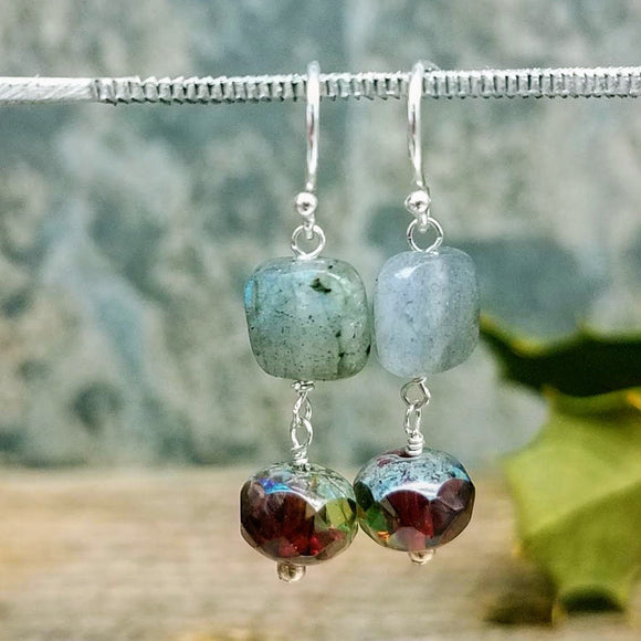 Labradorite handmade earrings by impromptu jewelry
