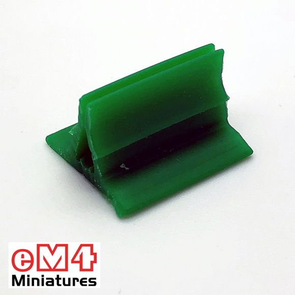 20 x 18mm Card Stands x 20 Various Colours-Green