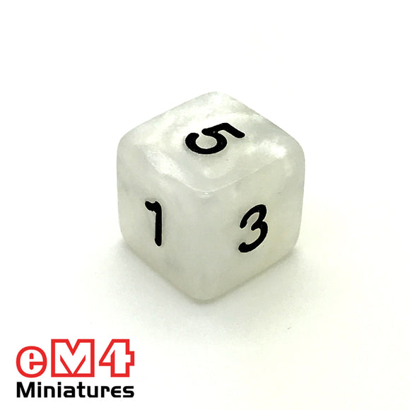 Pearl White D6 Poly Dice