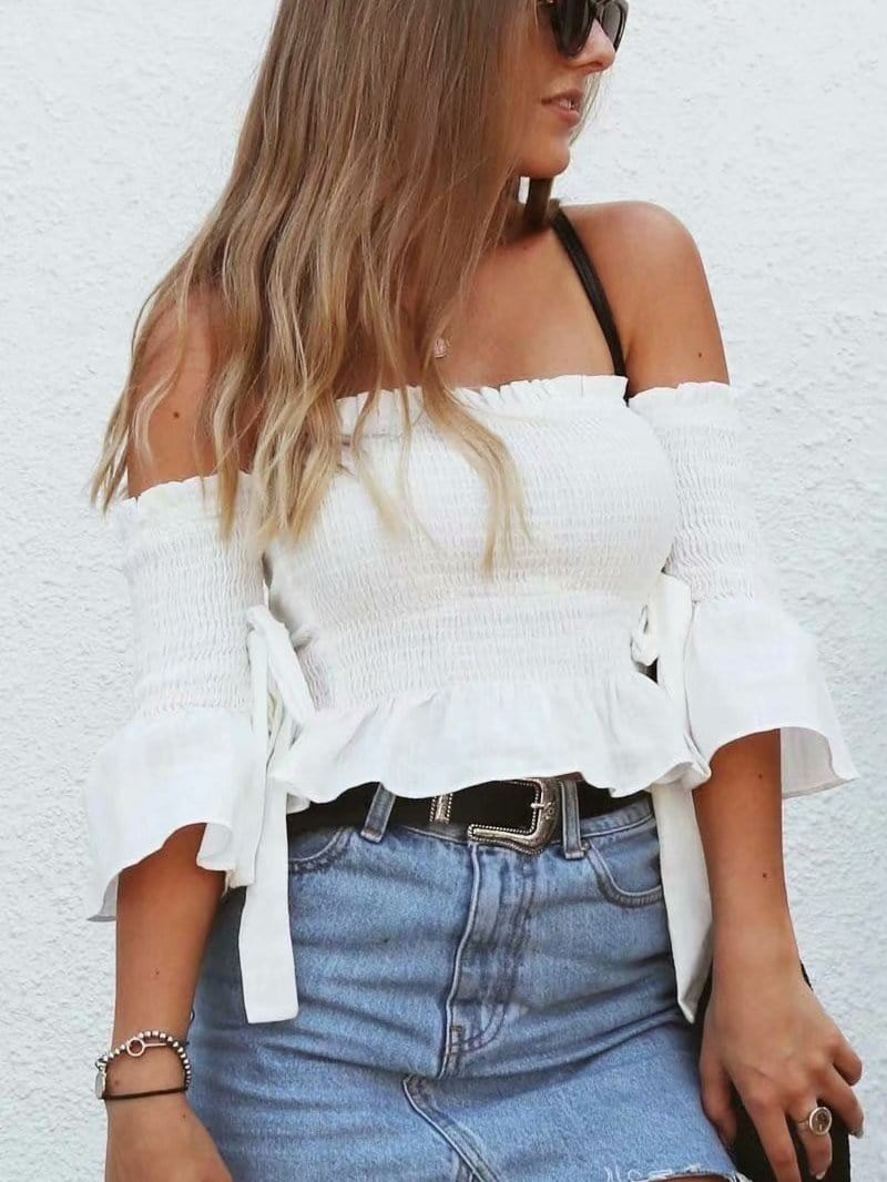 Off the shoulder short-sleeved tie with bow-tie top