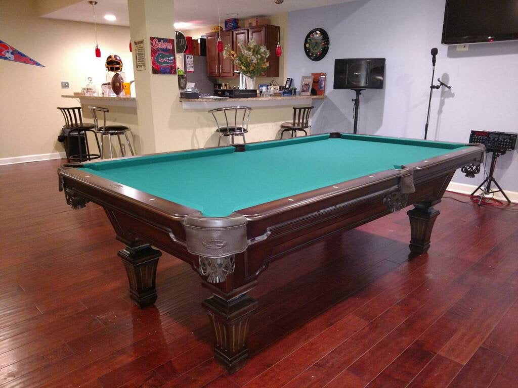 Olhausen hampton pool table heritage cherry finish detail2